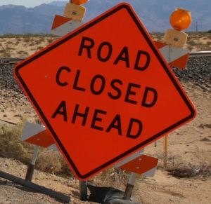 Read more about the article Gorge closed after cattle truck rolls