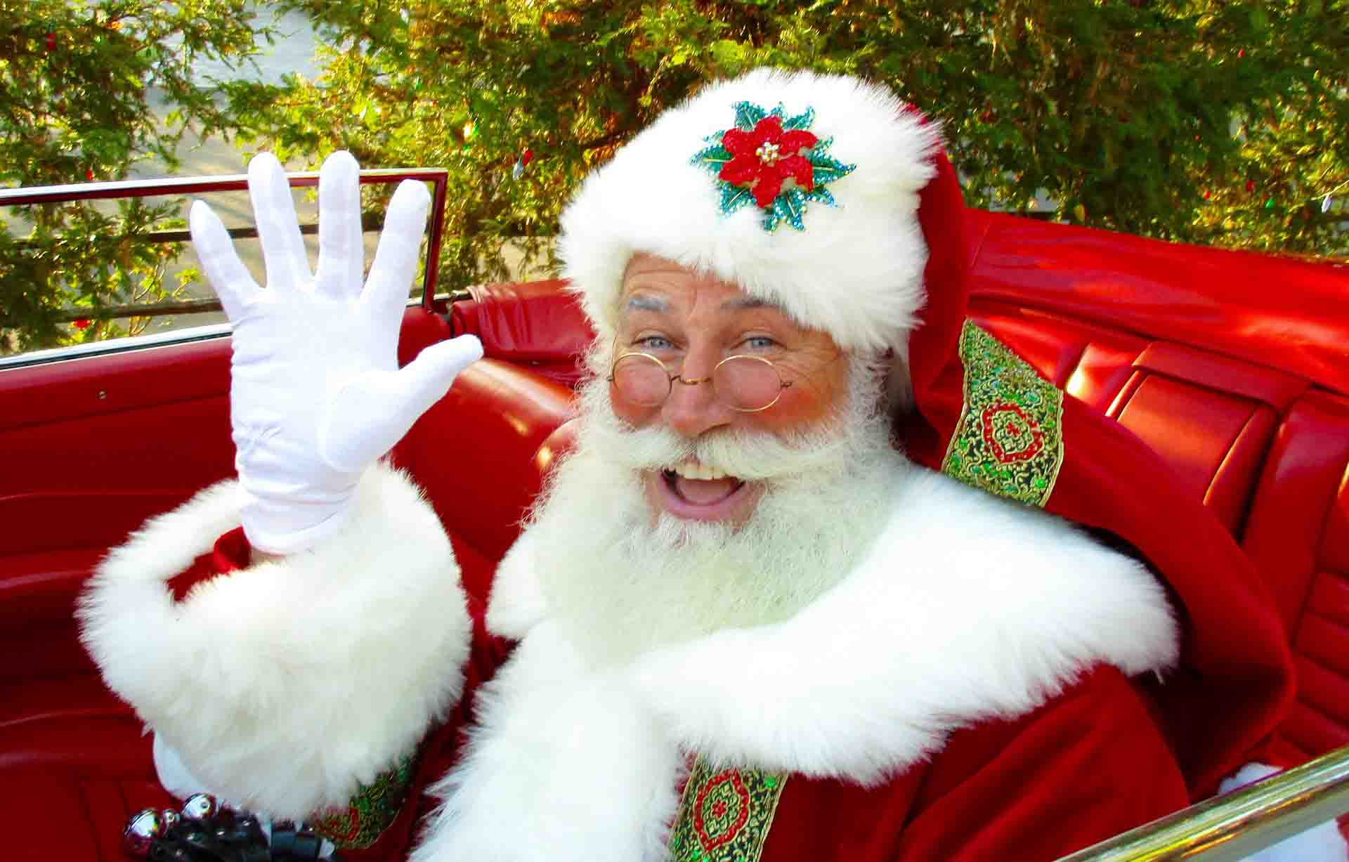 You are currently viewing Santa Claus is on his way