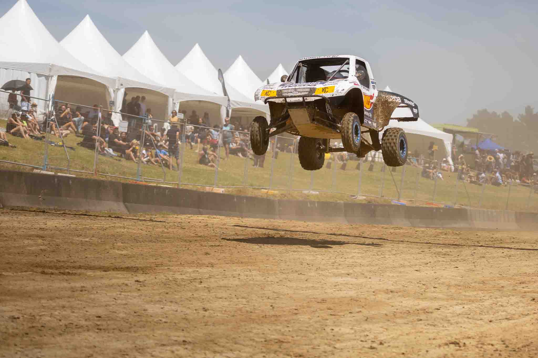 You are currently viewing Lincoln Whiddett wins off-road champs