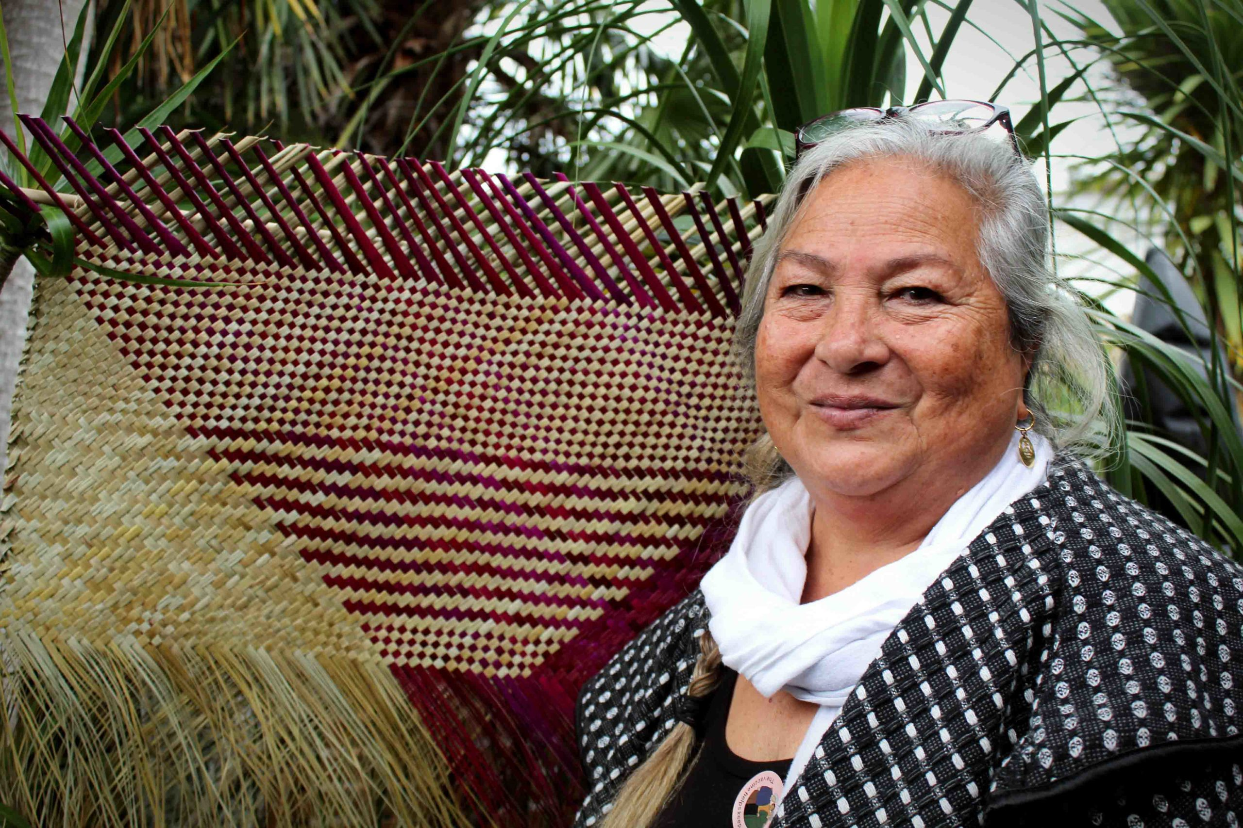 You are currently viewing Kiribati services honoured