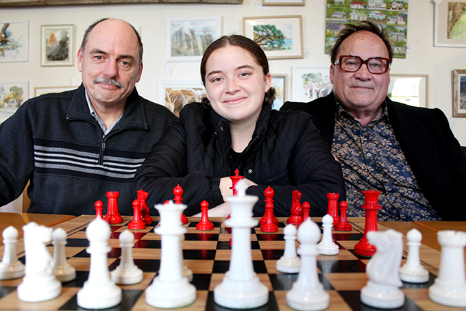 Read more about the article New competition calls for chess junkies